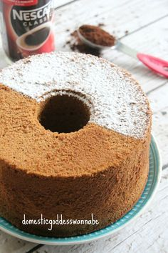 Because I am such a glutton when it comes to chiffon cakes, I do not allow myself to bake too many in a month. Well, it is for the best, really, otherwise I may not be able to fit through my kitche…