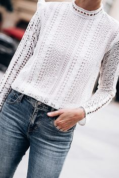 Source by rabiadas lace top Lace Top Outfits, Casual Outfits, Fashion Outfits, Jeans Fashion, Lace Ruffle, Ruffle Top, Love Fashion, Autumn Fashion, Style Fashion