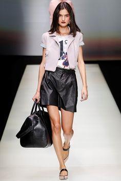 Sfilata Emporio Armani Milano - Collezioni Primavera Estate 2016 - Vogue