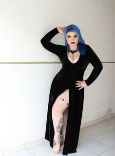 Vestido Black Velvet Elvira - Miniminou Gothic Beauty 8dd2a3ac8770
