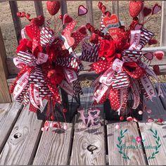 Christmas Lantern, Christmas swag, Holiday lantern, Lantern (set of two) Valentines Decoration, Cute Valentines Day Gifts, Valentine Day Wreaths, Valentine Day Crafts, Valentine Ideas, Valentine Bouquet, Holiday Wreaths, Holiday Decorations, Christmas Lanterns