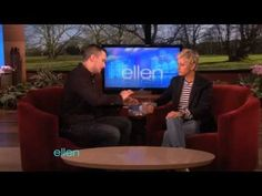 so crazy.An Impressive Illusionist Makes His Debut on Ellen Magic Card Tricks, Best Magician, Magic Video, Craig Ferguson, Interview Skills, Mind Blown, The Magicians, Illusions