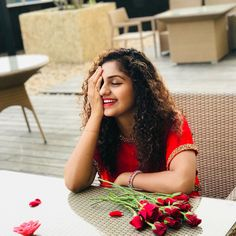 Post -valentine spcl To be old and wise U must first young n stupid Redday❤️ Clicks📸📸 Indian Actress Images, Beautiful Indian Actress, Actress Photos, Indian Actresses, Saree Photoshoot, Photoshoot Images, Prettiest Actresses, Beautiful Actresses, Girl Photography Poses