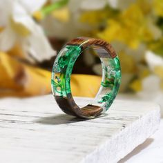 Resin Ring, Resin Jewelry, Jewlery, How To Make Resin, Ring Of Honor, Party Rings, Wood Resin, Resin Art, Stone Gold