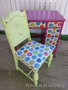 green chair with circle fabric seat, Petticoat Junktion
