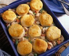 Enjoy the delicious taste of homemade chicken pot pie in just 10 minutes! Yeah you read that right, 10 minutes to a tasty, hearty, home cooked meal! Kraft Recipes, Pie Recipes, Chicken Recipes, Cooking Recipes, Kraft Foods, Cooking Tips, Easy Recipes, Dinner Recipes, 10 Minute Meals