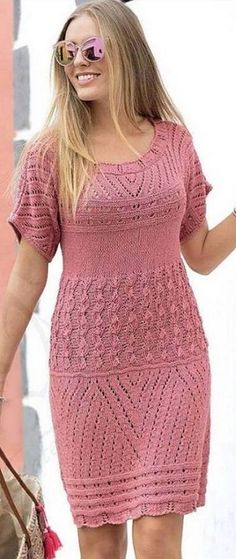 Captivating Crochet a Bodycon Dress Top Ideas. Dazzling Crochet a Bodycon Dress Top Ideas. Crochet Short Dresses, Crotchet Dress, Knit Dress, Short Sleeve Dresses, Lace Knitting, Knit Crochet, Knitting Needles, Knitting Machine Patterns, Saree Blouse Neck Designs