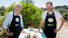 En el capítulo 17 de Buenas compañías, Nacho Rubio recibe al periodista Jon Sistiaga para preparar un Tabulé de quinoa. Esta receta fusiona dos platos...