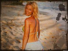 Britney Spears Bikini Resimleri