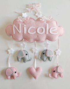 Baby Crafts, Felt Crafts, Diy And Crafts, Crafts For Kids, Baby Mädchen Mobile, Baby Shower Deco, Baby Accessoires, Diy Bebe, Creation Deco