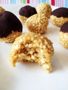 YUMMY - Puffed Quinoa Peanut Butter Balls (These were easy to make and pretty good. It's like a healthier version of rice krispie treats)