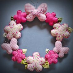 i love wreaths Baby Crafts, Felt Crafts, Fabric Crafts, Sewing Crafts, Diy And Crafts, Sewing Projects, Projects To Try, Arts And Crafts, Wreath Crafts
