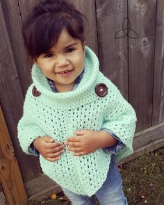 Crochet kids poncho cowl neck ideas for 2019 Crochet Baby Poncho, Crochet Toddler, Crochet Poncho Patterns, Crochet Girls, Crochet Scarves, Crochet For Kids, Crochet Shawl, Crochet Clothes, Knit Crochet
