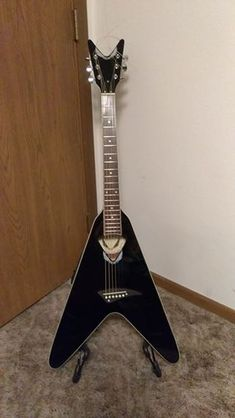 put a floyd rose tremelo on my flying v guitar tech floyddean flying v acoustic electric guitar