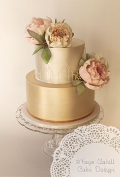 Cake with pearlised gold, art deco piping and peonies by Faye Cahill Cake design
