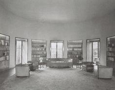 Library of Mimi Pecci-Blunt, ca Jean-Michel Frank Art Deco Furniture, Luxury Furniture, Interior Architecture, Interior And Exterior, Streamline Art, Art Deco Hotel, Room Of One's Own, Cottage Interiors, Jean Michel