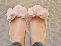 Ballerinas with cute bow