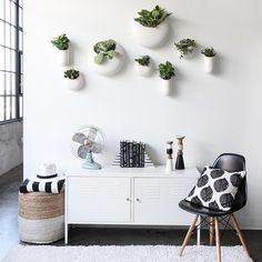 Jenni from @ispydiy gave her new apartment an industrial chic upgrade. See the whole space + cop her style with the link in profile!   #industrialchic #ispydiy