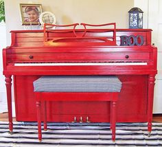 10 Pretty Painted Pianos! (Piano painting)