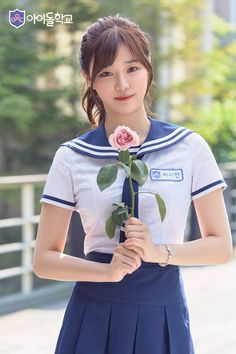 Loyal cosplay showing their costumes… it is amazing the costumes that they have come up with. Japan School Uniform, Cute School Uniforms, School Girl Japan, School Uniform Girls, Japan Girl, Hot Japanese Girls, Japanese Girl Group, Japanese School, Asian Cute