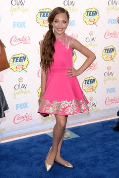 Maddie Ziegler at the 2014 Teen Choice Awards.