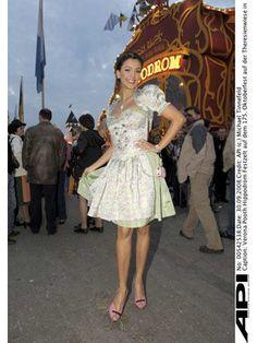 Verona Pooth im Couture Dirndl - Bunte Burda-Wiesn 2008 #Tracht #Oktoberfest