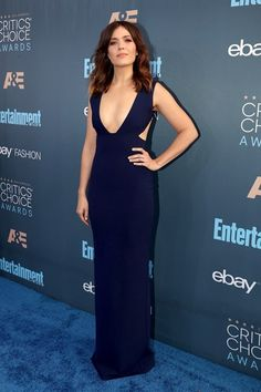 Mandy Moore Photos Photos - Actress Mandy Moore attends The Annual Critics' Choice Awards at Barker Hangar on December 2016 in Santa Monica, California. - The Annual Critics' Choice Awards - Red Carpet Tall Women, Sexy Women, Beautiful Dresses, Nice Dresses, Long Dresses, Hollywood Photo, Hollywood Music, Low Cut Dresses, Mandy Moore
