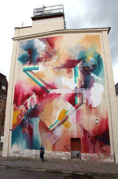 you like abstract shapes?  feel free to take a look at Quintessenz — mit Quintessenz  #Quintessenz #Graffiti #Mural #UrbanArt #GhostMagazine #StreetArt.