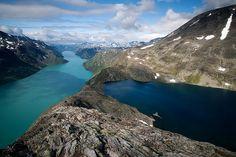 Someday, I'm gonna be a true Norwegian and hike Bessegen.
