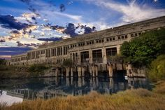 Powerstation, South Fremantle, Western Australia [2048x1363] [OS] : AbandonedPorn
