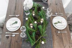 Christmas Table - VALÉRIE DE L'ÉTOILE INTERIOR DESIGNER Designer, Table Settings, Table Decorations, Home Decor, Decoration Home, Room Decor, Place Settings, Home Interior Design, Dinner Table Decorations
