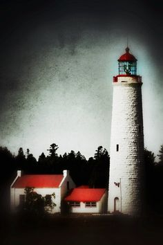 Tobermory #lighthouse, Bruce Peninsula, #Ontario http://www.flickr.com/photos/lauram/6091867382/in/pool-929398@N20/lightbox/