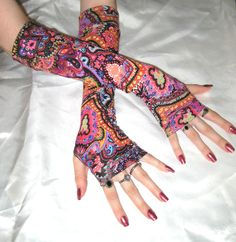 Arm Warmers Mehndi Fingerless Gloves Sleeves  Mendhikā  by Mellode