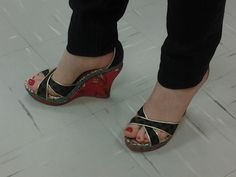 Desejos de consumo... Sapato é sempre  tudo de bom...