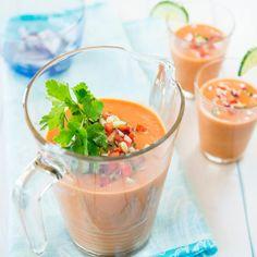 Le vrai gaspacho à la tomate. La recette sur http://www.flair.be/fr/home-sorties/281800/le-vrai-gaspacho-a-la-tomate