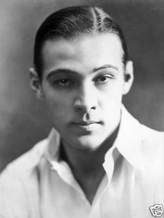 Before airbrush was needed to make you beautiful. Ah, to have a time machine.... Rudy. Rudolph Valentino, 1920's