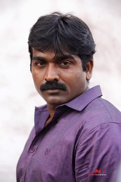 Vijay Sethupathi in Dharmadurai Still Picture, Picture Movie, Indian Man, Tamil Movies, Hd Photos, Photo Art, Cinema, Handsome, Hero