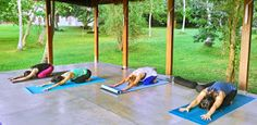 Soothe your mind, body and soul by embarking on wellness holidays with Ayurva Traveller, a remarkably serene establishment among wellness retreats. Picnic Blanket, Outdoor Blanket, Beach Holiday, Ayurveda, Maldives, Sri Lanka, Discovery, Beach Mat, Colonial Mansion