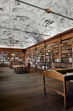 Heverlee monastery library, Belgium