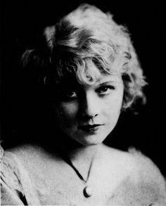 ↢ Bygone Beauties ↣ vintage photograph of Wanda Hawley, silent movies star, 1920
