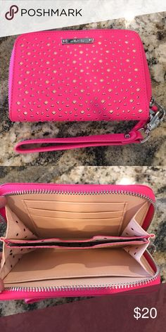 Stella & Dot wristlet, pink Stella & Dot wristlet, used once, hot pink Stella & Dot Bags Clutches & Wristlets