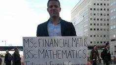 Pour trouver un job, il descend dans la rue avec une pancarte - Le Figaro Étudiant