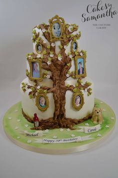 Someday it would be wonderful if my kids did this for me and my hubby ♥ Family Reunion Cakes, Family Tree Cakes, Aniversary Cakes, 50th Anniversary Cakes, Brithday Cake, Adult Birthday Cakes, Cake Frame, Dad Cake, Cake Piping