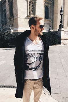 ABIDELESS and You? Thank you for this great photo from spring weekend in Budapest! Fashion Brand, Style Fashion, Mens Fashion, Budapest Travel, Dope Style, Great Photos, Streetwear, Trust, Street Style