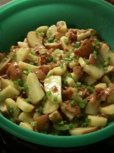 Hot German Potato Salad.  As a kid, the combination of the sweet/sour pickle-like flavor, greasy bacon, and warm potatoes did not appeal to me, and I avoided this dish at many a potluck and family reunion.  However, I have enjoyed this dish as an adult, and am eager to attempt a vegetarian version.  Can it be done?