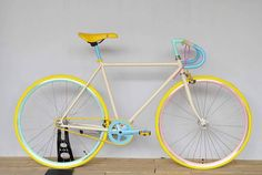 #coccipedale #bike #colorful #stylish #コッチペダーレ #自転車 #カラフル #スタイリッシュ Cycling Coach, Bicycling Magazine, Paint Bike, Baby Bike, Speed Bike, Bike Accessories, Vintage Bicycles, Bike Life, Cool Bikes