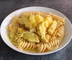 thumbnail image 1 Curry, Ethnic Recipes, Food, Pineapple, Coconut Milk, Thermomix, Easy Meals, Food Food, Essen