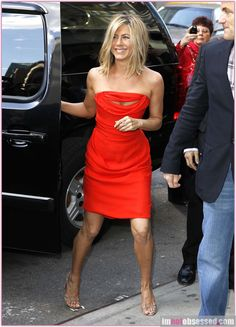 Jennifer Anniston --LOVE her!!!