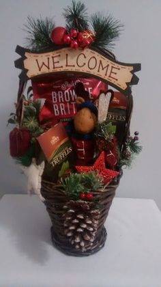 $40 @Ebay  Welcome Ski Christmas Winter Reindeer Holiday Treats Gift Basket  #Handmade