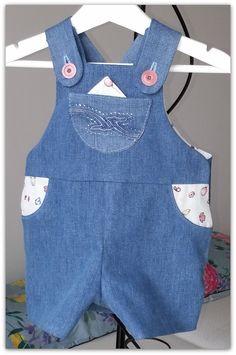 salopette courte en jeans 6 mois : Mode Bébé par daniellemargotcouture